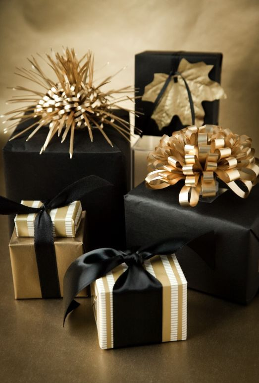 pourquoi offrir cadeaux a noel